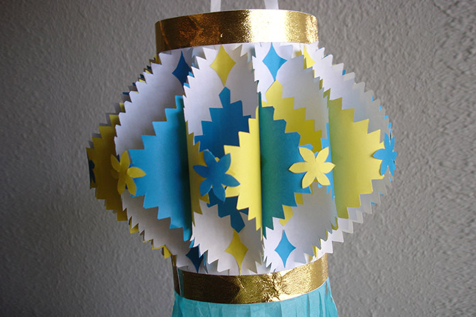 golden-blue-diwali-lantern