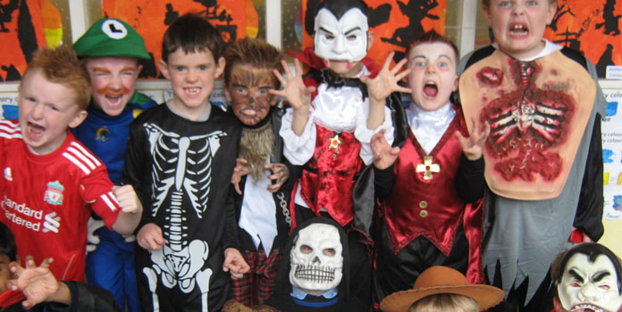 kids-fancy-dress-on-halloween