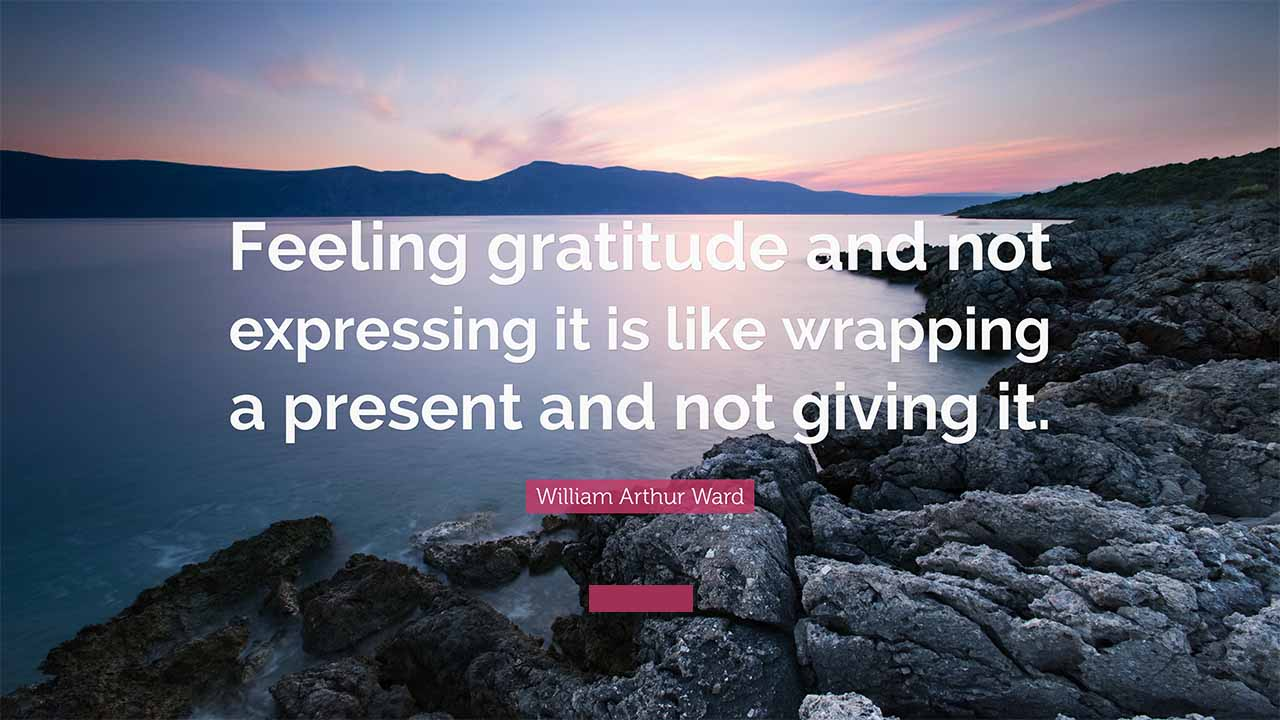 open-the-gratitude-present-on-thanksgivings