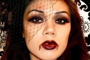 sexy-vampire-halloween-makeup