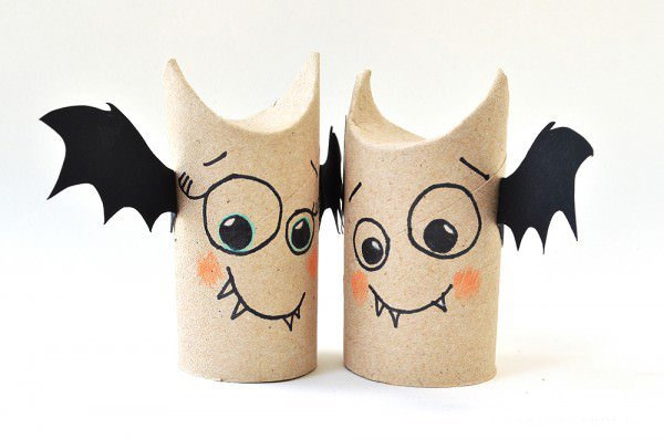toilet-paper-roll-bat-buddies