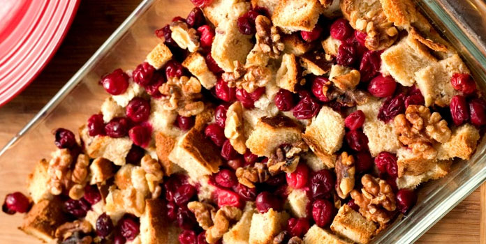 turkey-with-fruit-and-nut-stuffing food for thanksgiving night