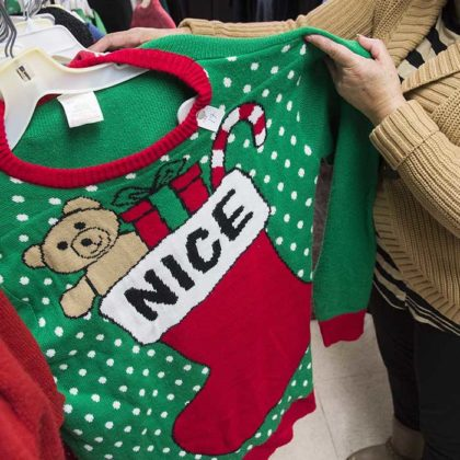 cheap-ugly-christmas-sweater24