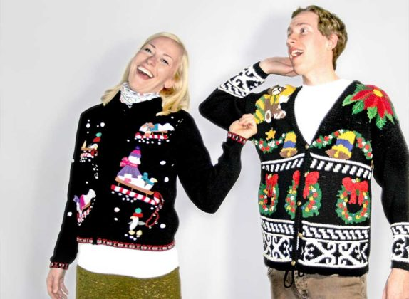 couple-ugly-christmas-sweater16