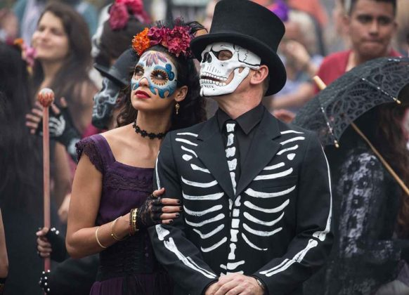 Day of the Dead Costumes 38