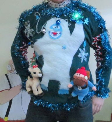 light-up-plus-size-christmas-sweater12