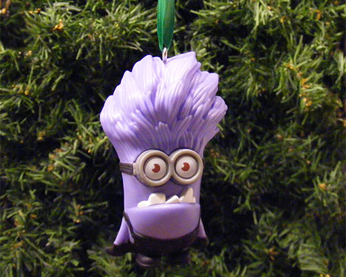 angry-minion-christmas-decoration