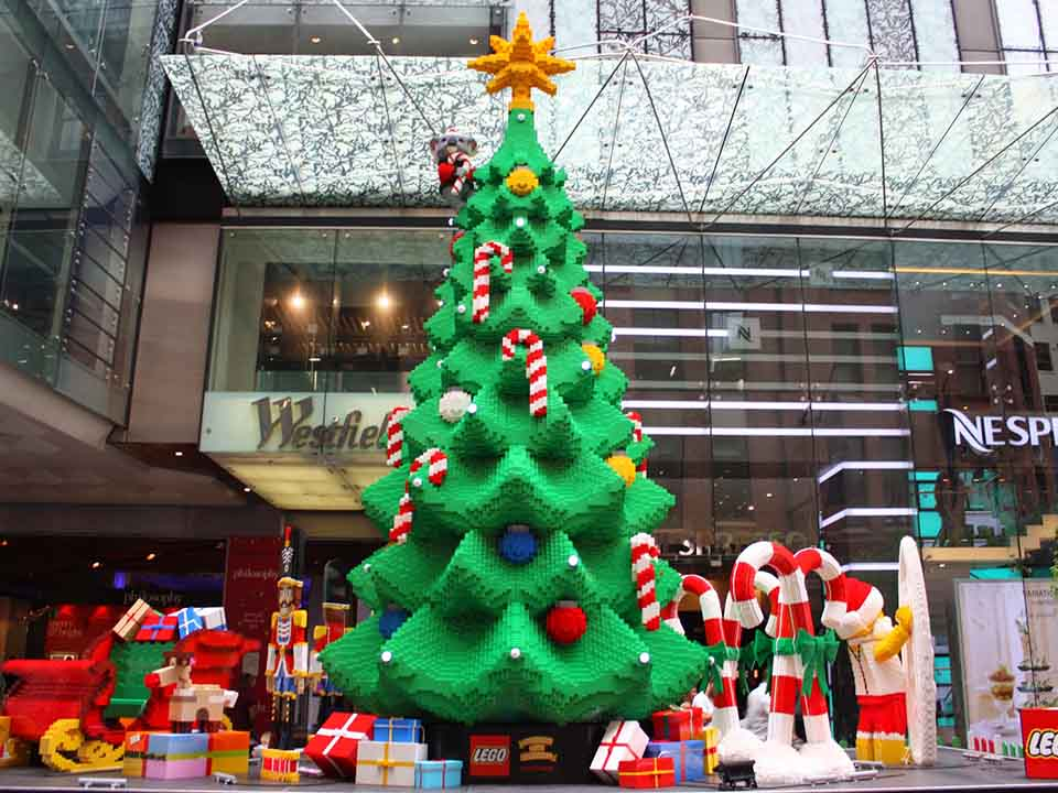 awesome-lego-christmas-tree