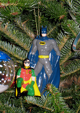 batman-and-robin-christmas-tree-ornament