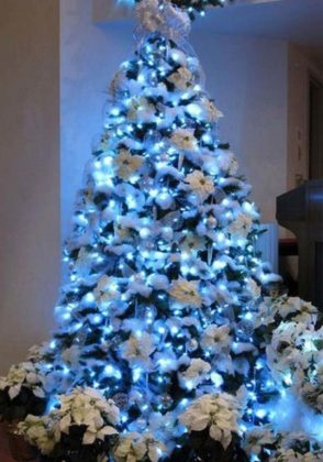 blue christmas tree decoration ideas 06