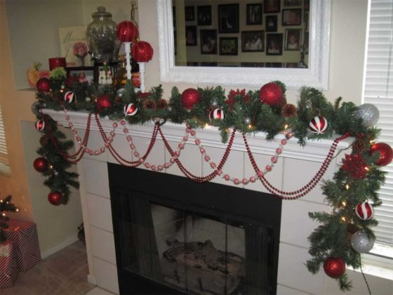 christmas-mantel-decorations-10