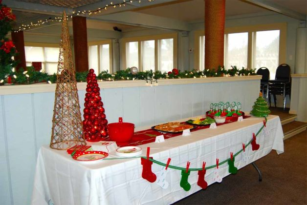 christmas-party-decorations-12