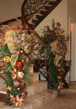 christmas-stair-decoration-03