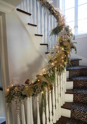 christmas-stair-decoration-05