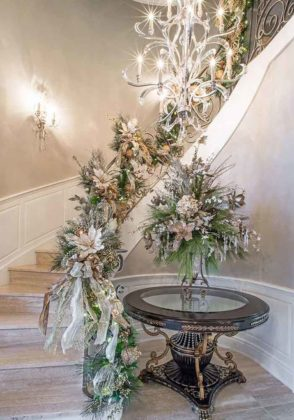 christmas-stair-decoration-11