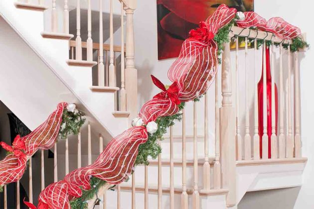 christmas-stair-decorations15