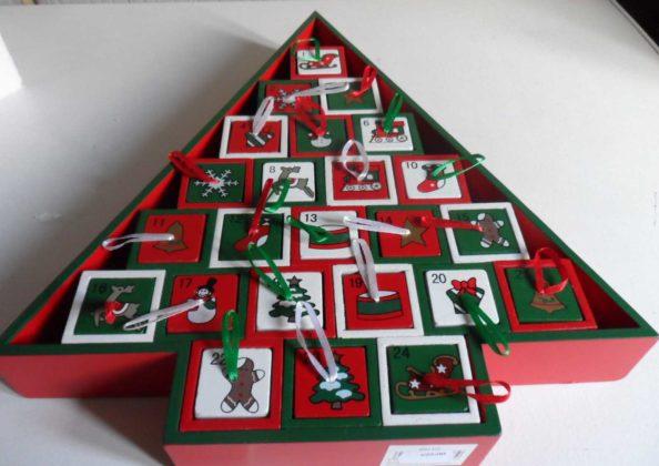 christmas-tree-advent-calendar-13