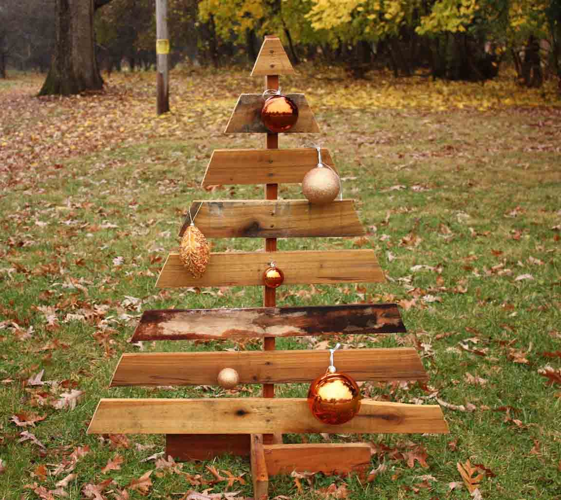 diy-wood-pallet-christmas-tree