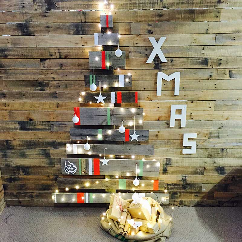 designer reclaimed pallet xmas tree - Wood Pallet Christmas Tree