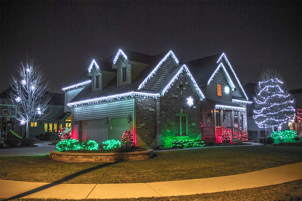outdoor christmas lighting. exterior christmas lights idea outdoor lighting