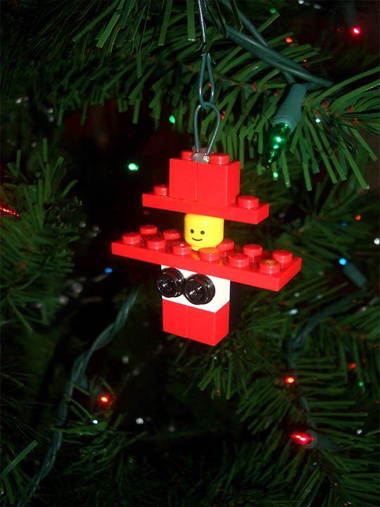 lego-christmas-ornament