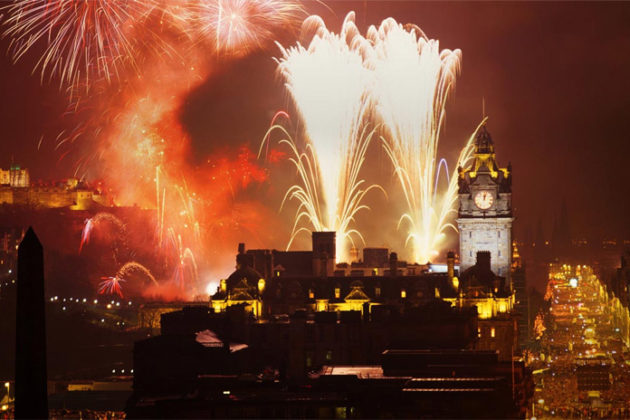 new-year-celebrations-in-scotland-hogmanay-03