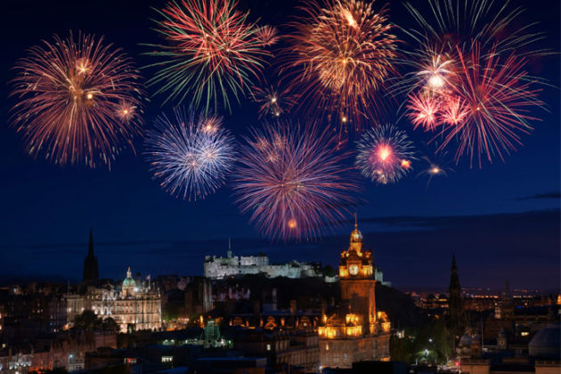 new-year-celebrations-in-scotland-hogmanay-07