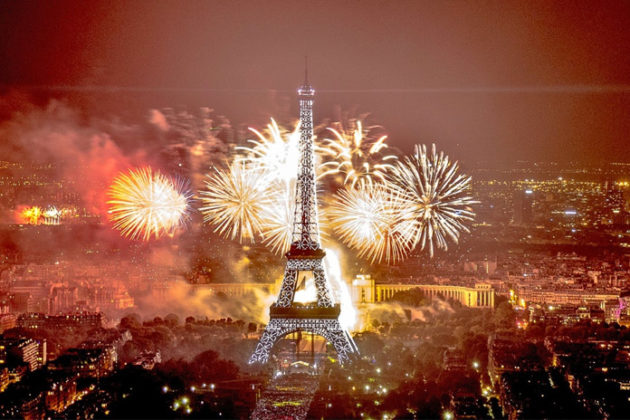 paris-new-year-eve-celebrations-03