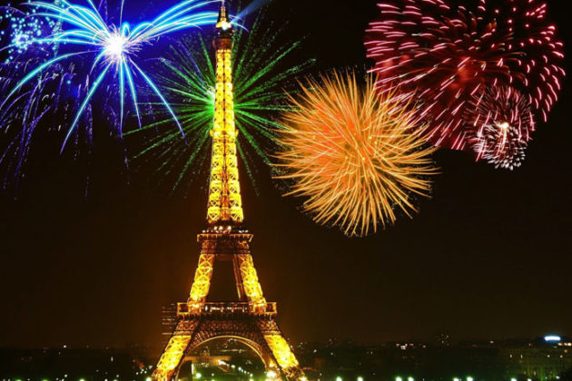 paris-new-year-eve-celebrations-05