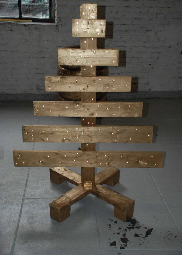reclaimed-wood-christmas-tree
