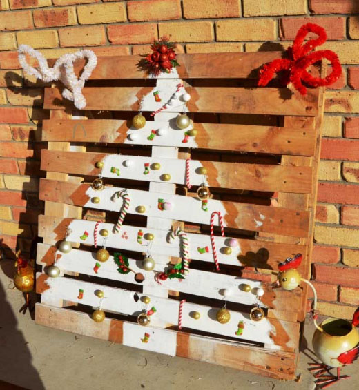 recycled-pallet-christmaas-tree