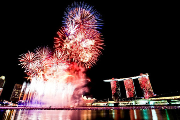 singapore-new-year-eve-at-marina-bay-02