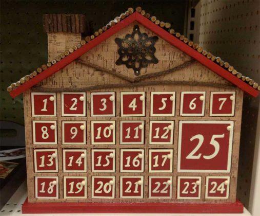wooden-advent-calendars-10