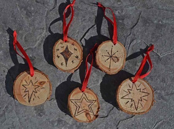 wooden-christmas-decorations13