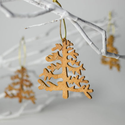wooden-christmas-tree-decorations-02