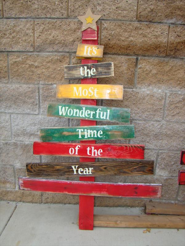Wood Pallet Christmas Tree.12 Pallet Christmas Tree Ideas Better Than Real Xmas Trees