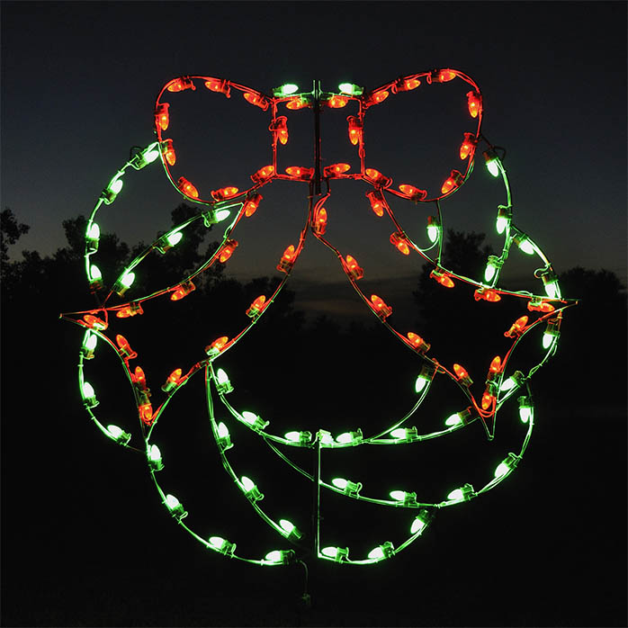 wreath-shaped-holiday-lights
