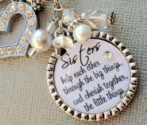 christmas-gift-ideas-for-sisters-01