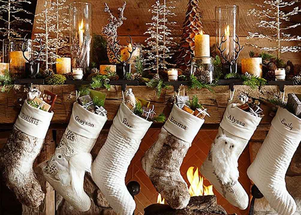 50+ Magical Outdoor Christmas Decorations That Scream Merry Xmas!