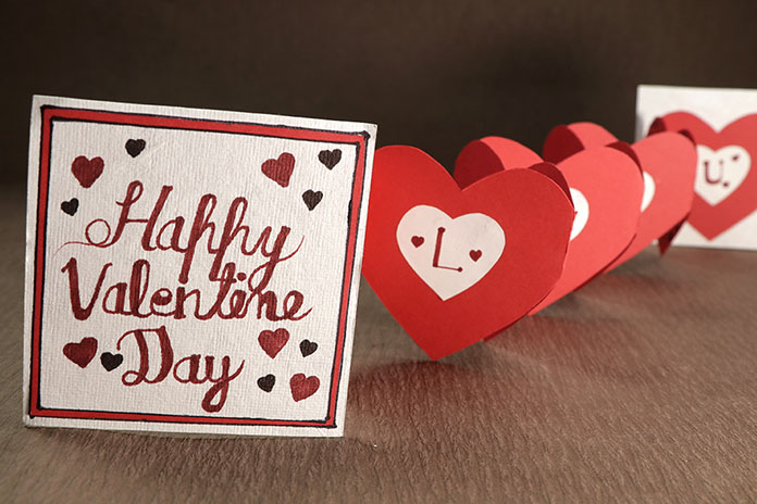 Accordion Heart Happy Valentine Day Card