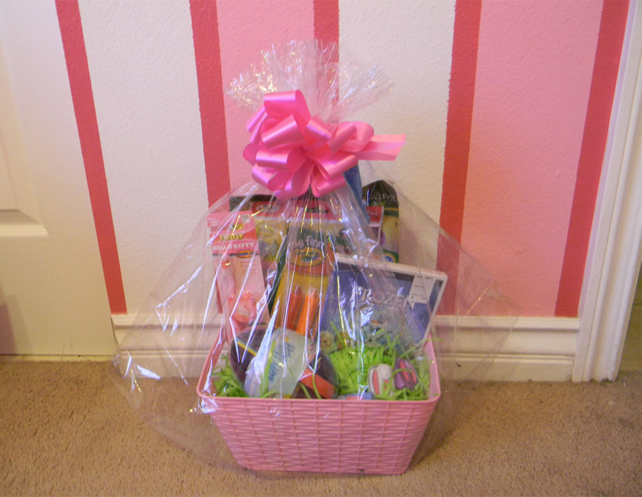 25 easter basket ideas that are perfect for easter 2017 livinghours baby girl easter basket negle Choice Image