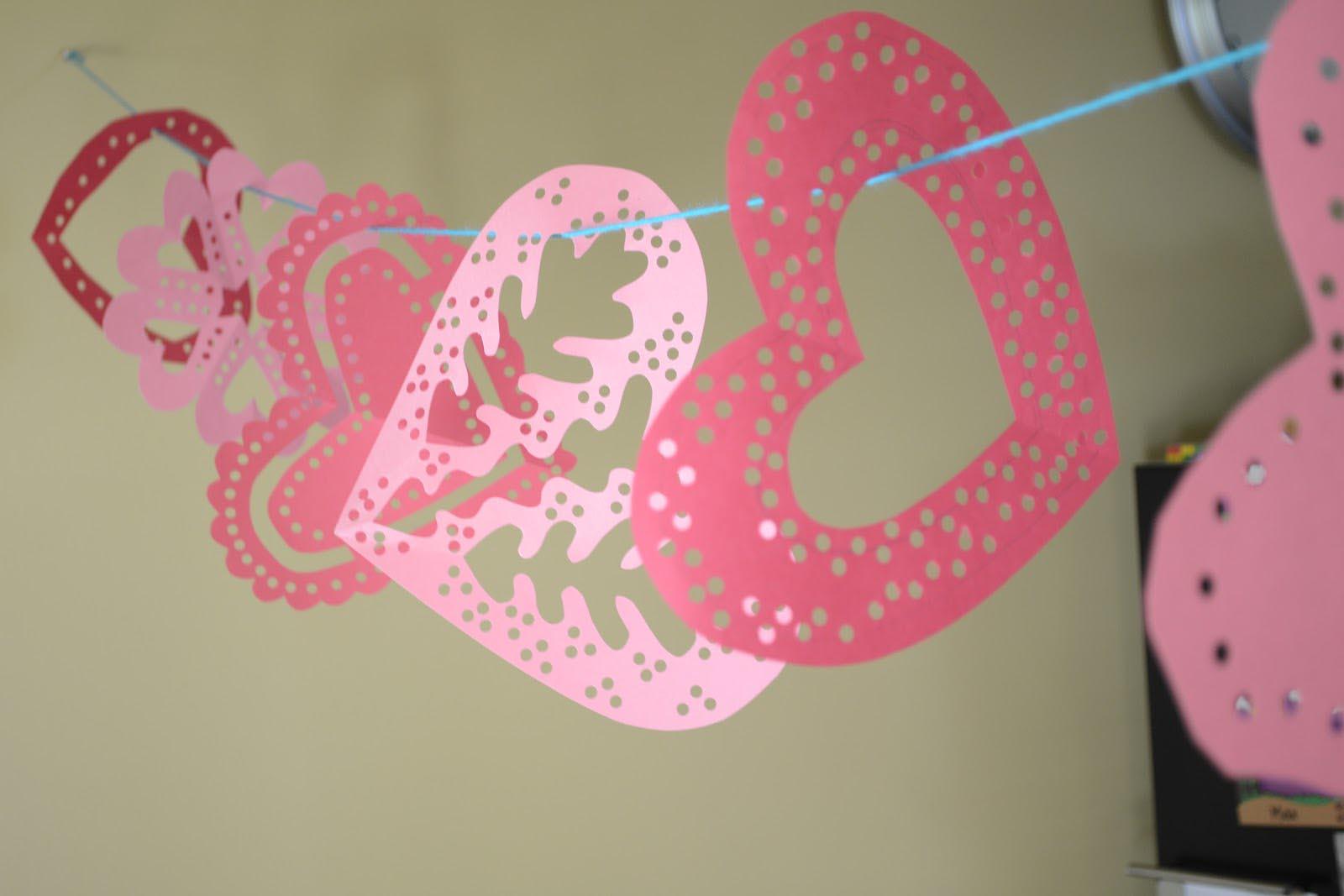 DIY Hanging Heart Decoration diy heart decorations