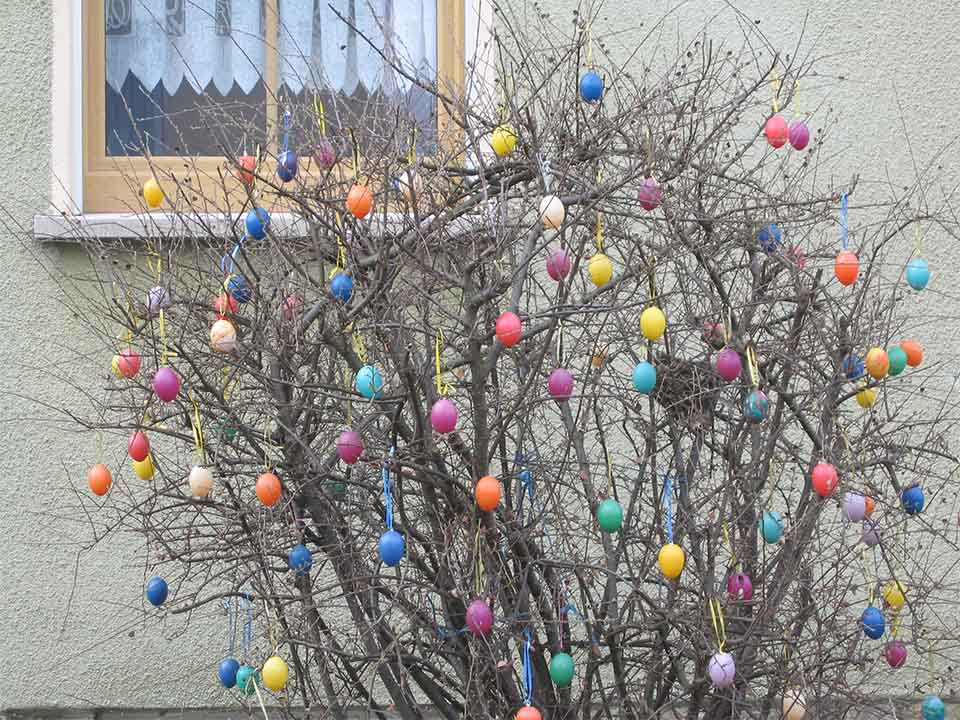 Easter Tree for Outdoor Decoration