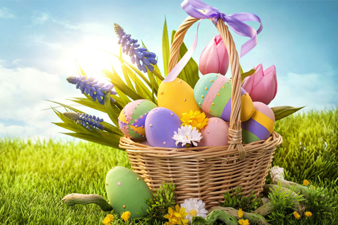 25 easter basket ideas that are perfect for easter 2017 livinghours negle Choice Image