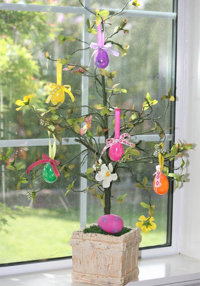 Decorate Christmas Tree For Easter : Easter trees to decorate your home for ultimate springtime